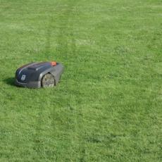 Blog: Weg met de robotgrasmaaier!
